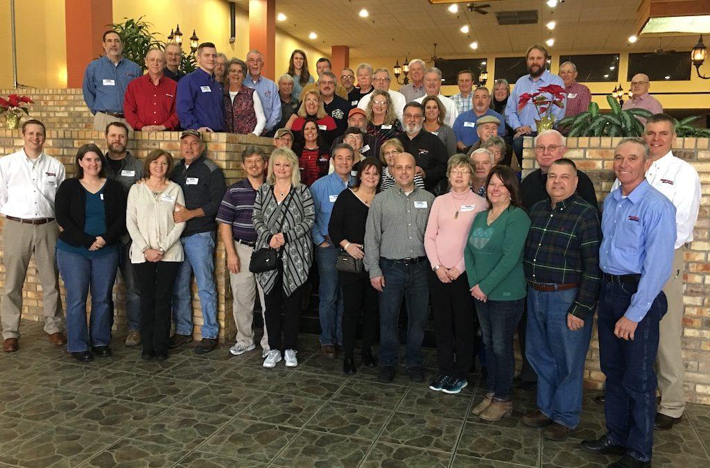 Cedar Hill Log Homes  Attends National Dealership Conference